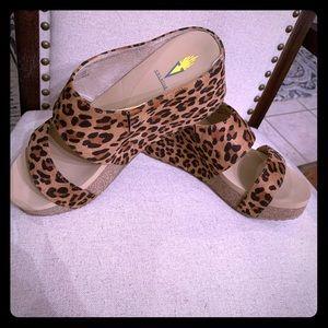 Volatile leopard wedges